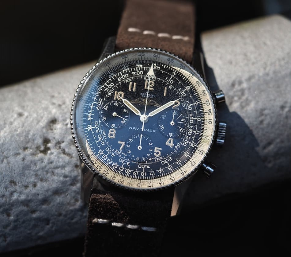 This is the original Navitimer Ref.806 released in 1959.