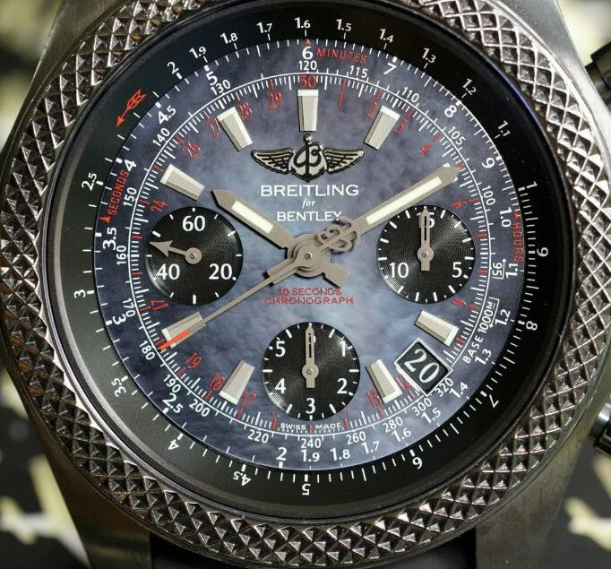 The black sub-dials are contrasted to the black shell dial of best fake Breitling.